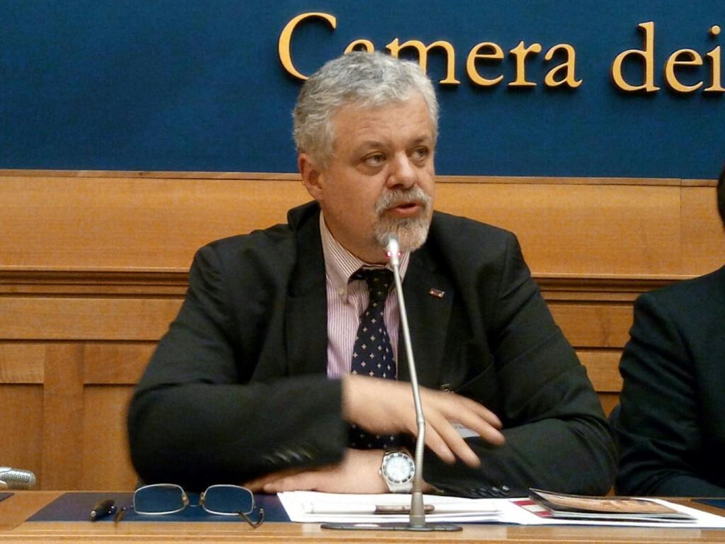 Il video della conferenza stampa alla camera dei deputati for Indirizzo della camera dei deputati